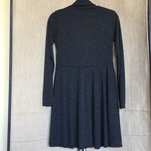Black and brown accent long sleeved dress